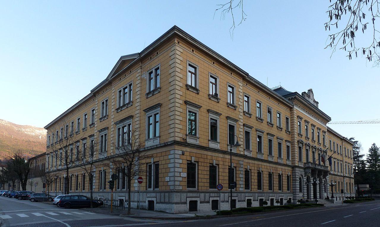 palazzo giustizia Trento giudiziarizzazione della politica